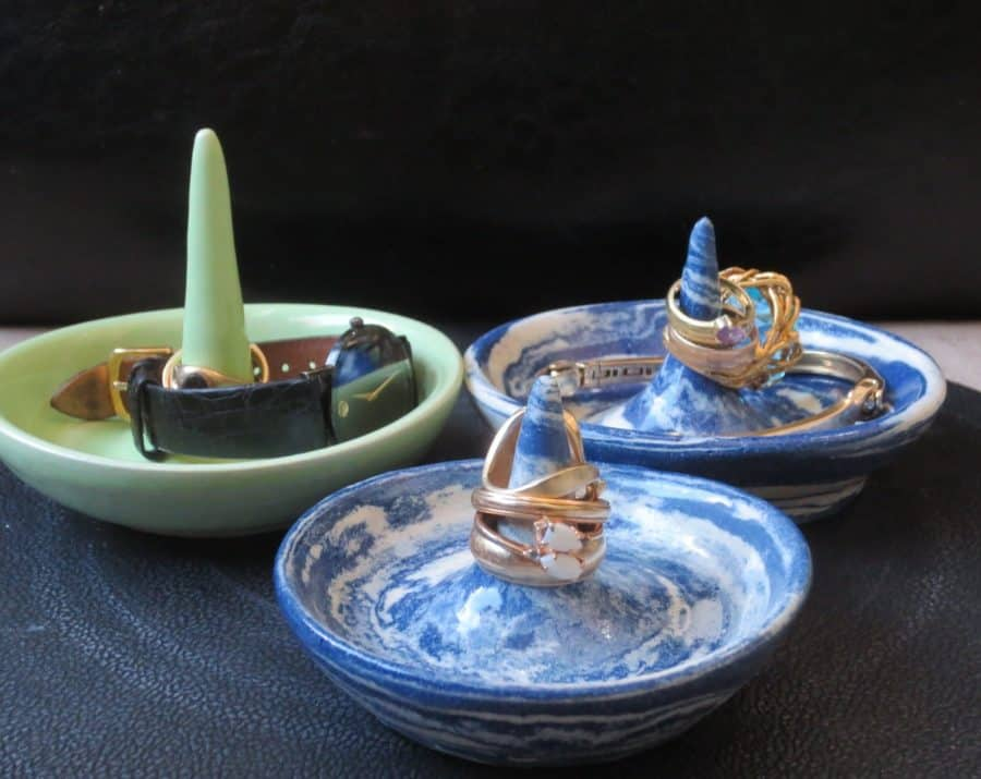 a picture of three ring holders