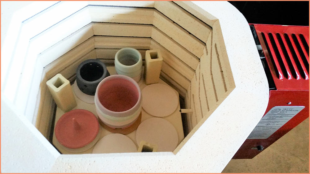 a picture of loading glazed pottery