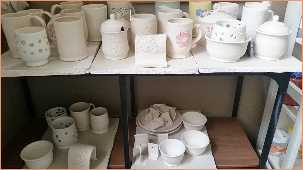bisque-ware-on-the-pottery-shelf