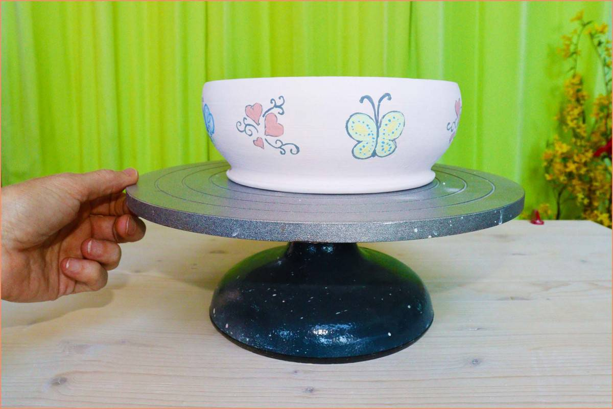 picture of Underglazed bisque ware on banding wheel
