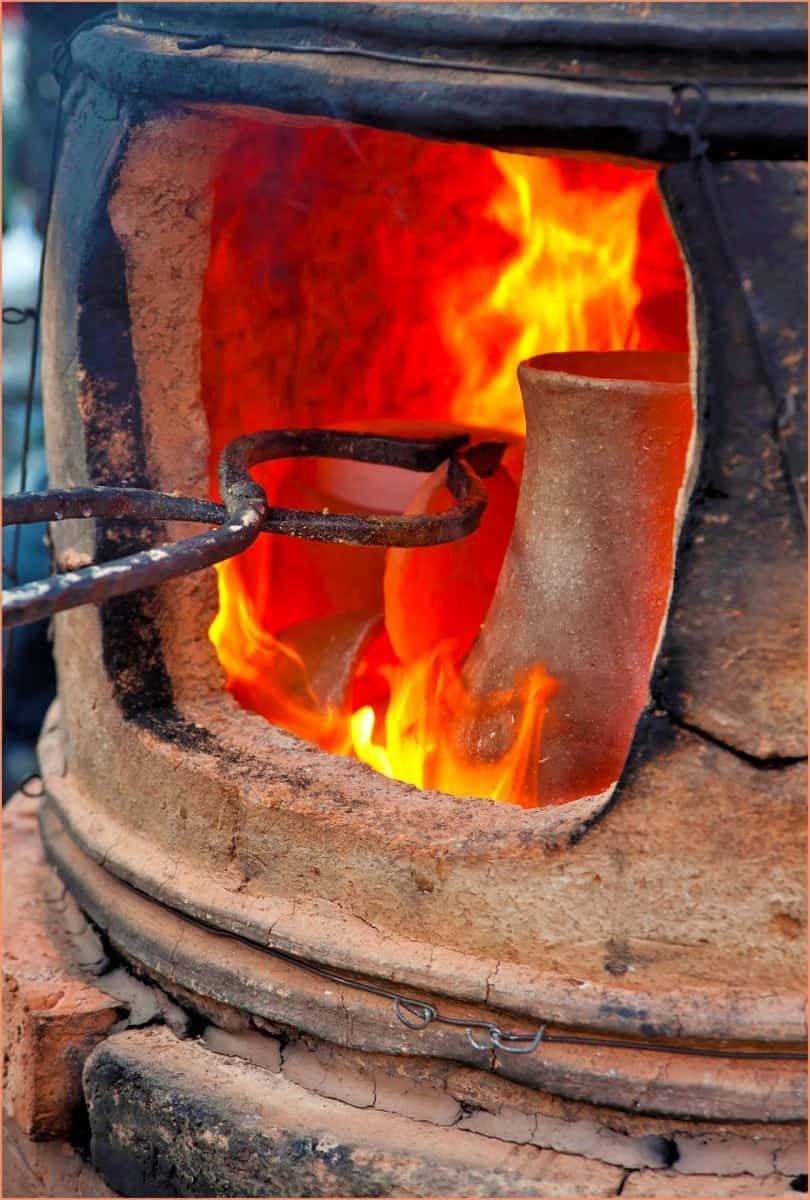 What Is Raku Pottery  – Facts and Tips for Beginner Potters