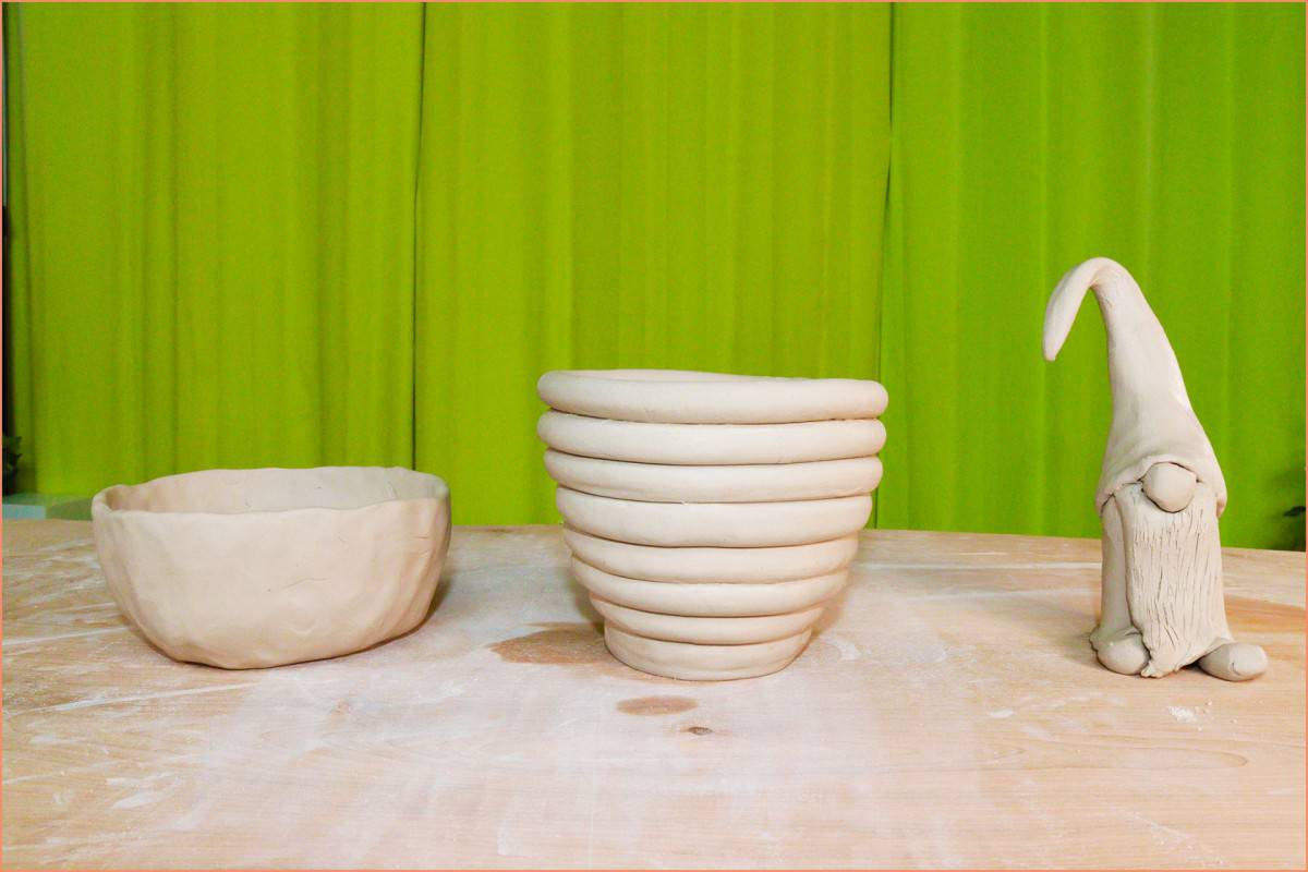 a picture of a pinch pot coil pot and handbuilding