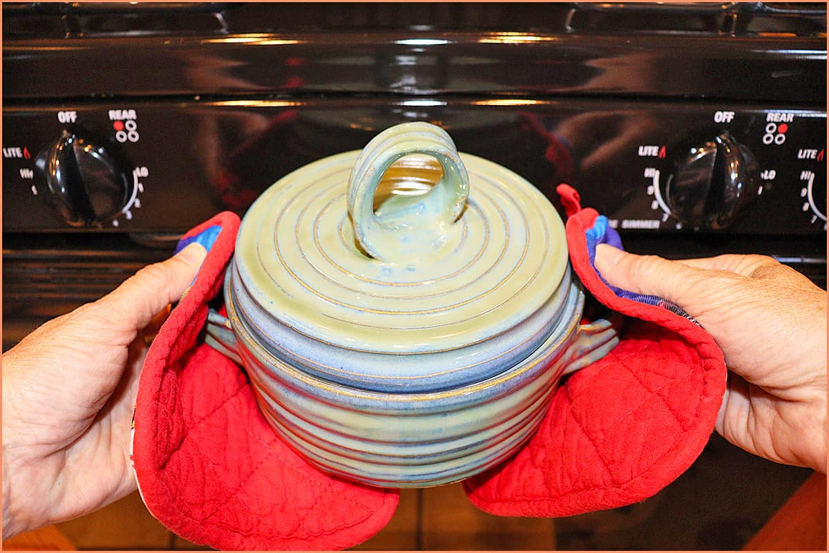 a picture of a casserole dish